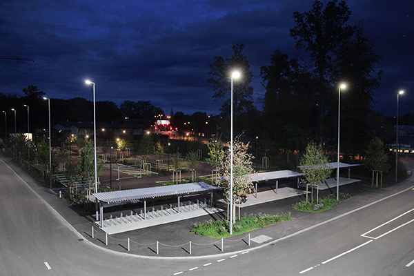 Some advantages and disadvantages of LED street lights